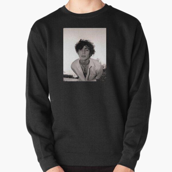 vinnieeee :)) Pullover Sweatshirt RB1208 product Offical Vinnie Hacker Merch